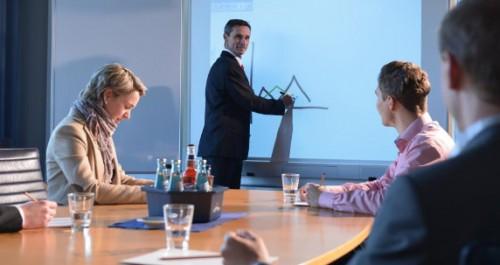 Schulung im Seminarraum mit Referent