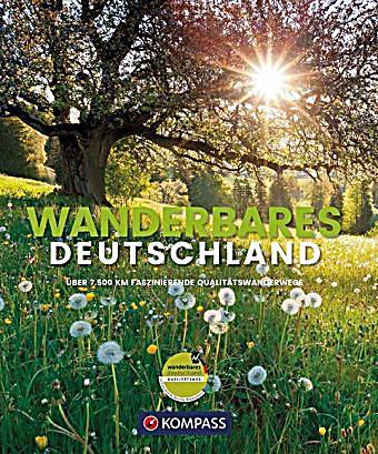 Titelbild Buch Wanderwege Deutschlands mit Wiese und Baum