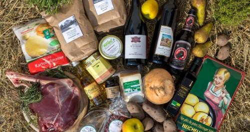 Kloßmasse, Fleisch, Honig und weitere regionale Produkte