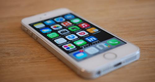 Apps auf dem Telefon helfen im Alltag
