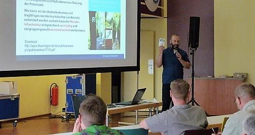 Erik Neumeyer bei der Gründungsveranstaltung der AG Wandern Saalfeld-Rudolstadt