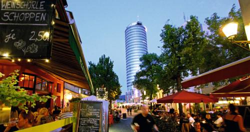 Abendstimmung in Jena mit Jentower