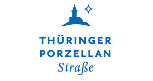 Schriftzug Thüringer Porzellanstraße mit Icon der Leuchtenburg und dem Schriftzug in blau
