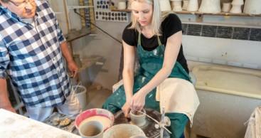 Bauhaus und Keramik – Selbstversuch an der Töpferscheibe