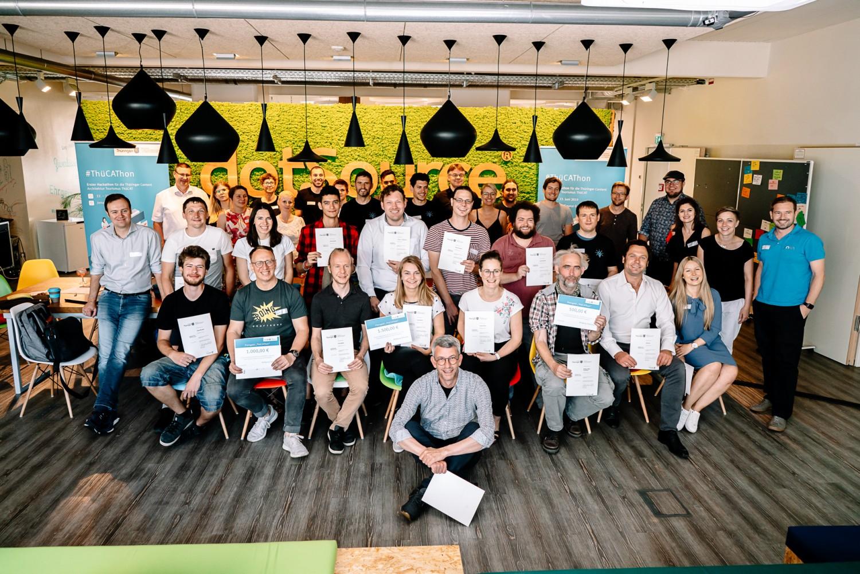 Gruppenbild Teilnehmer des ThüCAThon