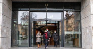 Weimarhalle: Mit neuen Türen jetzt barrierefrei